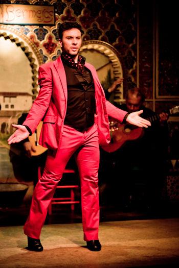 タブラオ・フラメンコ・トーレス・ベルメハス・マドリッド 男性ダンサー Tablao Flamenco Torres Bermejas
